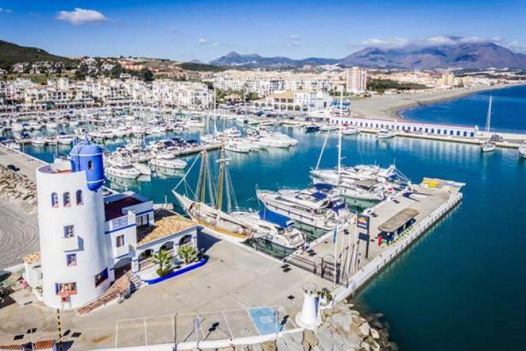 Manilva y Marbella, abocadas al cierre total de la actividad comercial no esencial