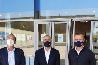 Equipo de Gobierno en las puertas de la Diputación Provincial de Málaga.