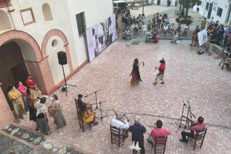 'Dibujando Fandangos en Casares', en el IV Festival Flamenco Rosa Fina de Casares. / L. CASTRO